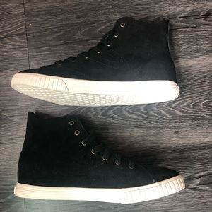 Brand New Tretorn High tops Size 9